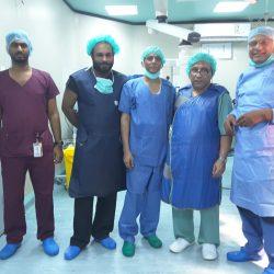 فريق متخصص يقوم باستئصال وعلاج عدد من الأورام النسائية الخبيثة