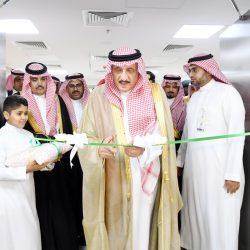 الأمير محمد بن ناصر يتفقد قوة جازان .