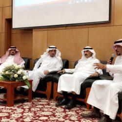 الأمير سعود بن نايف يستقبل الطالبة الكفيفة رقية عجاج