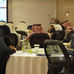 الخطيب يزور إبتدائية الأمير محمد بن فهد الإبتدائية بالهفوف