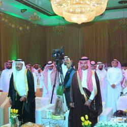 إبتدائية الإمام حفص ومتوسطة الإمام قالون بالواديين تكرم الأستاذ محمد بن سعيد موسى بمناسبة تقاعده.