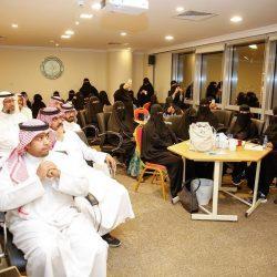 """جامعة الملك فيصل تدعم """"30""""مجموعة بحثية علمية"""