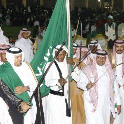 النفط يصعد حوالي 1% بفعل القلق بشأن عودة الإنتاج السعودي