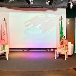 الخطوط السعودية تختتم مشاركتها في معرض دبي للطيران بتوقيع اتفاقيتين مع بوينج وهانيويل