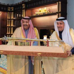 منقوشات جدارية .. ورشة عمل ضمن فعاليات مهرجان الكويت المسرحي