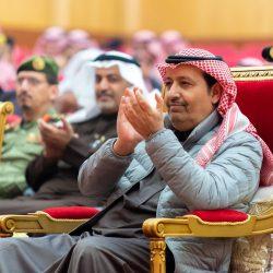 قائد لواء الحزم الخامس يكرم رئيس بلدية الحرث