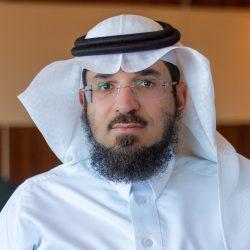 الأستاذ علي أبو طالب معافا يتلقى التهاني والتبريكات  بتخرج نجله من جامعة جازان