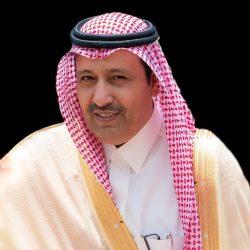 مدرب الهلال يعترض طريق الحكم بعد انتهاء المباراة ويتهجم عليه لعدم احتسابه ركلة جزاء واضحة