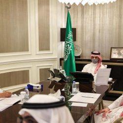 أمير منطقة تبوك يثمن جهود العاملين بفرع وزارة التجارة