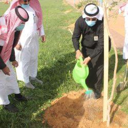 سمو أمير منطقة الباحة يتسلم تقرير البرنامج الرياضي لمركز الصم بالمنطقة