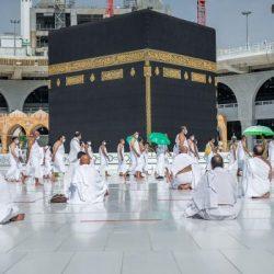 رئيس مجلس الوزراء الكويتي يستقبل الأمير تركي بن محمد بن فهد