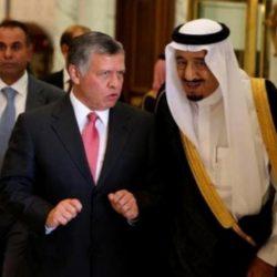 الأمير حمزة عبر فيديو: أنا معزول بمنزلي مع زوجتي وأطفالي